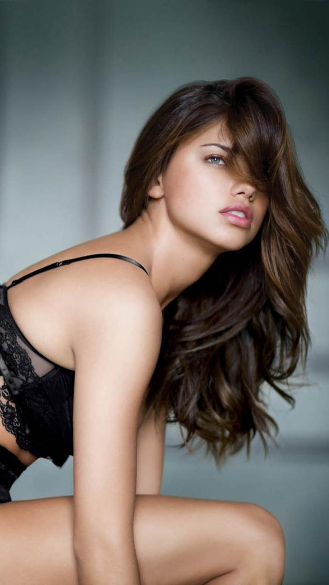 Adriana lima the iphone wallpapers adriana lima voltagebd Gallery