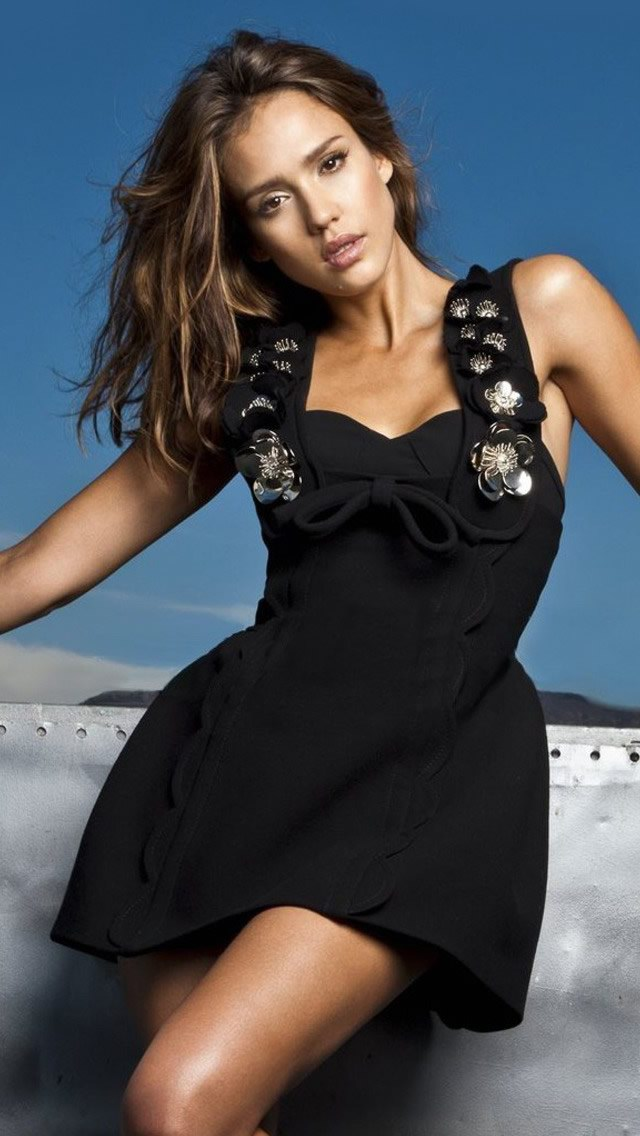 Jessica Alba The iPhone Wallpapers