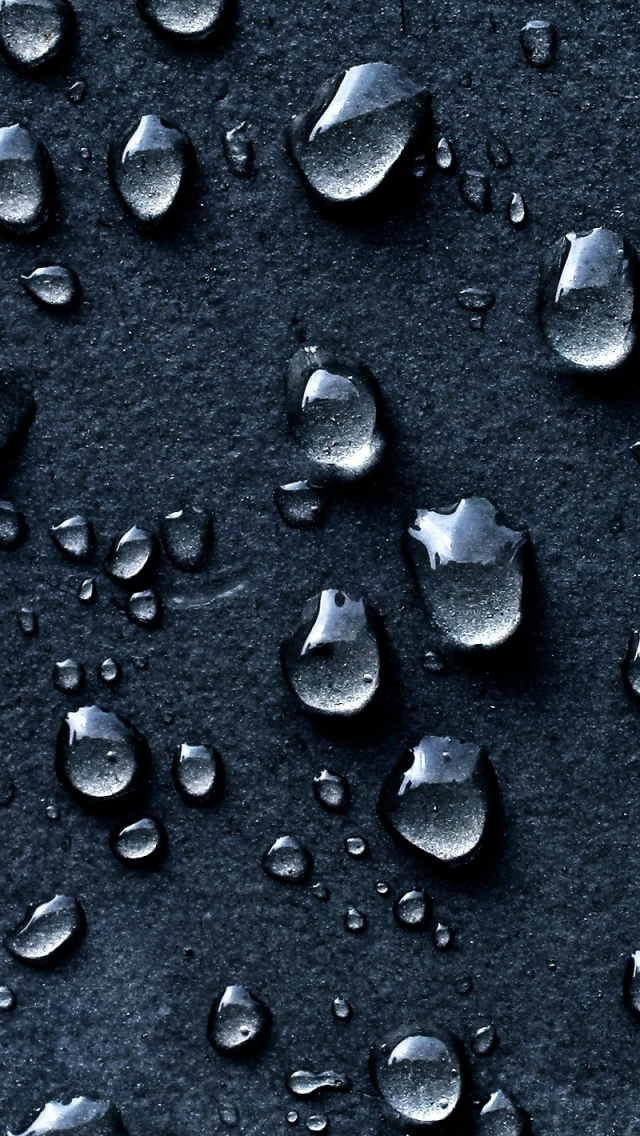 Water Drops Dark Background The Iphone Wallpapers