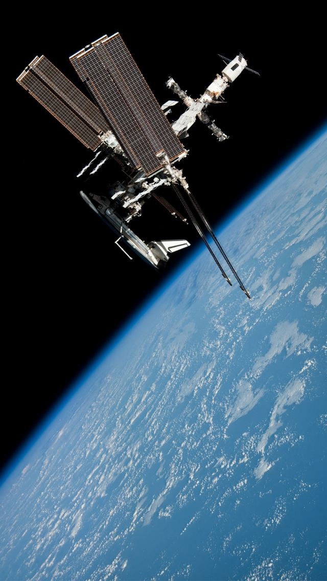 International space station the iphone wallpapers - Space station wallpaper ...