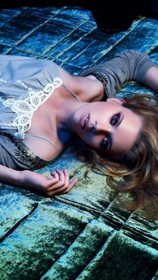 Scarlett Johansson Posh