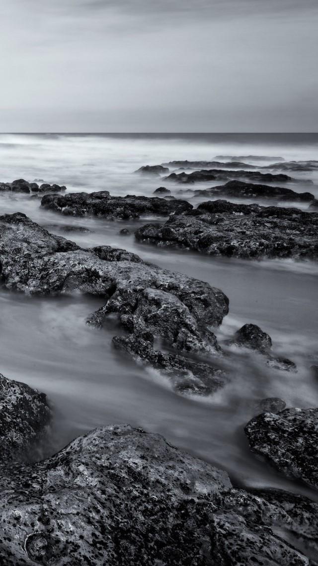 on stones ocean - photo #13