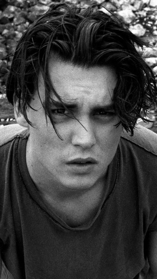 Johnny Depp Dark Messy Hairstyle The Iphone Wallpapers