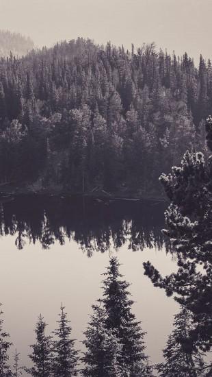 Canada lake black and white