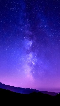 Milky Way on tuscany mountain
