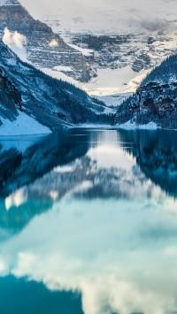 The-always-stunning-Lake-Louise