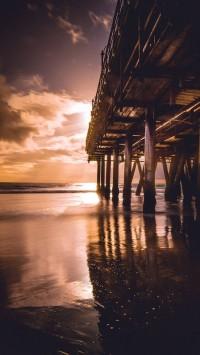 Santa-Monica-Pier-200x355