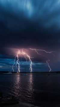 Storm-in-the-Port