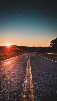 road-trip-sunset-200x355