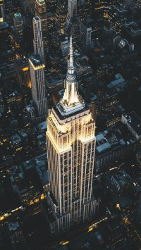 Night-view-of-Empire-State-Building