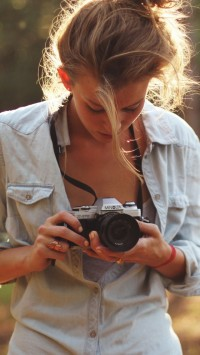 Girl Photographers
