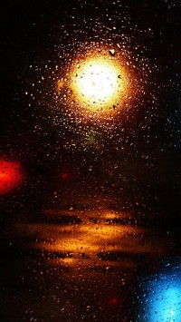 Light Water Droplets