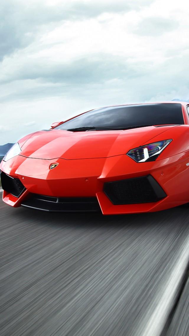 Lamborghini Aventador - The iPhone Wallpapers
