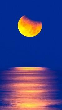 Yellow Moon Sea