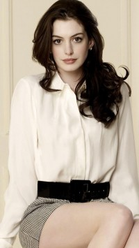Anne Hathaway Cool