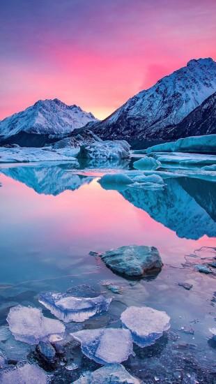 Tasman Glacier Lake